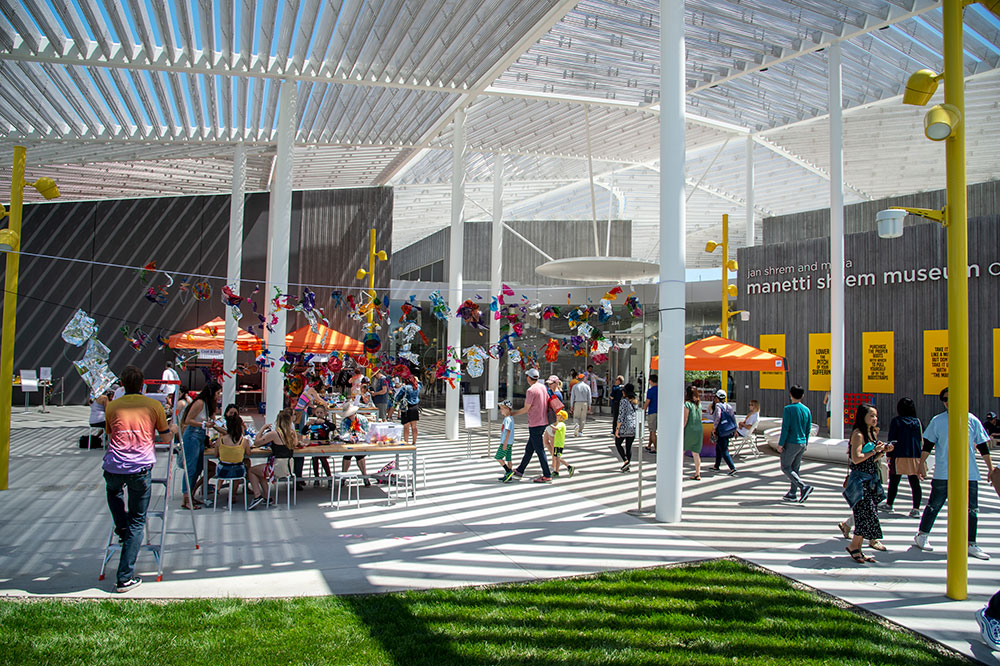 Photo of Picnic Day art making on the Manetti Shrem Museum Event Plaza.